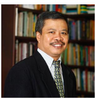 Prof. Dr. I Nyoman Darma Putra, M.Litt.